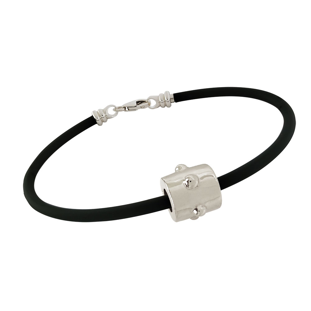 3mm Rubber Bracelet shown with Silver Japa Bead