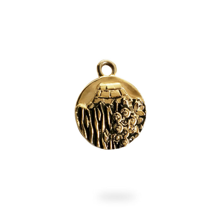 Small Reversible 14 Yellow Gold Carmel Charm Pendant